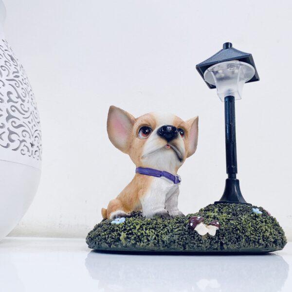dog showpiece