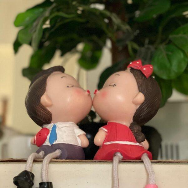 romantic couple showpiece